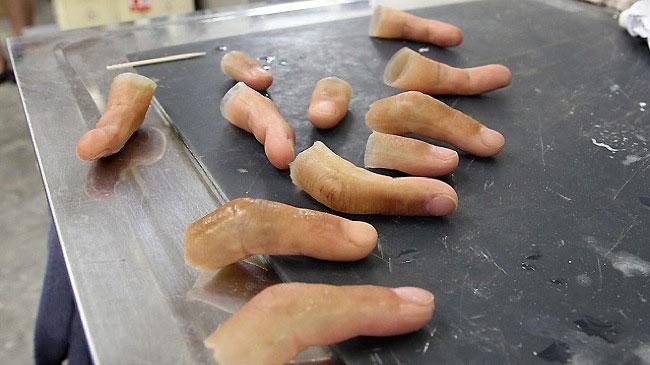 Realistic fingers. Ewwww.